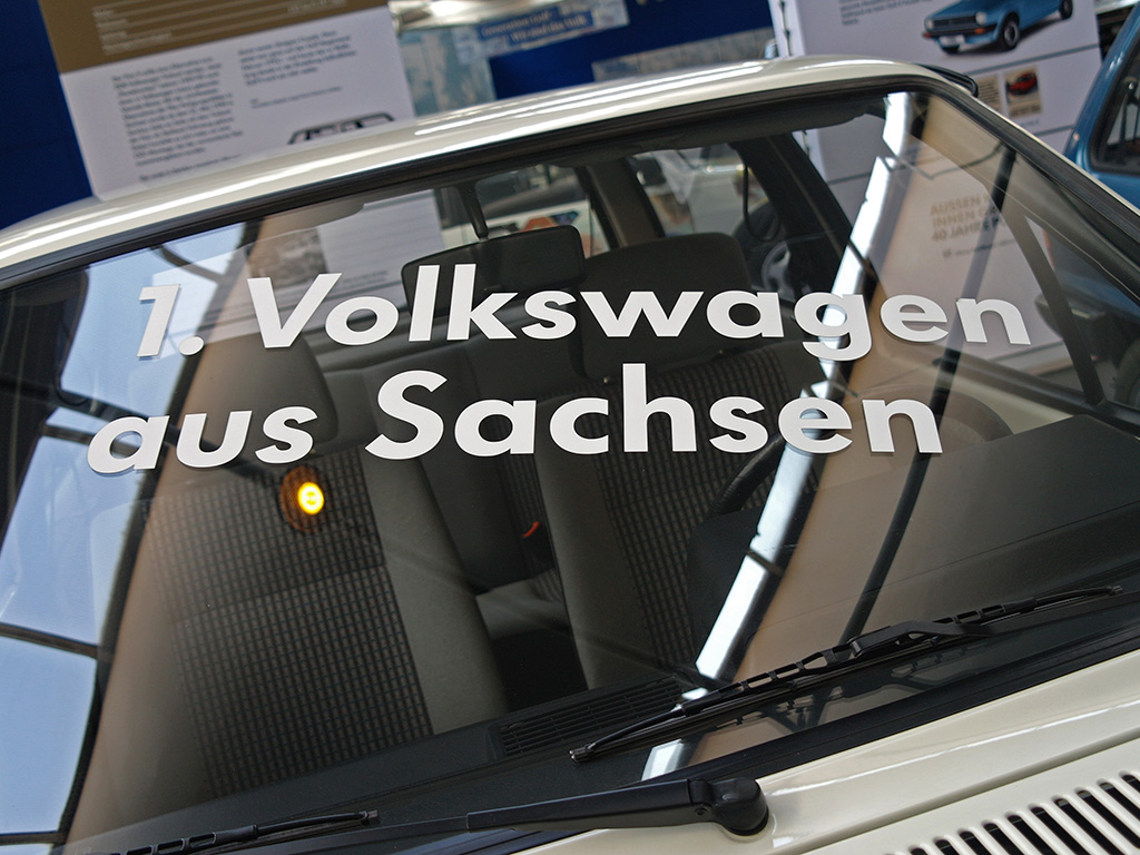 The first Volkswagen produced at Volkswagen Sachsen GmbH was a 1.3 Polo CL in Alpine White.