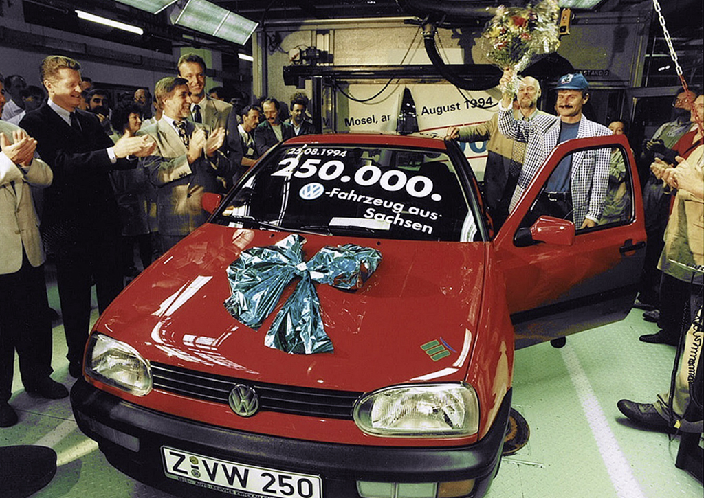 The 250,000th Zwickau-built Volkswagen appeared in August 1994.